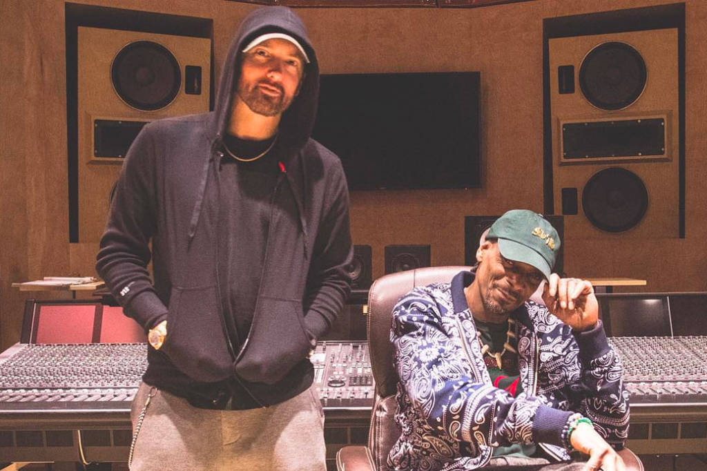 Eminem & Snoop Dogg Seen In The Studio!